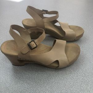 Dansko Shoes - Dansko Tasha Cut Out Heel Tan Leather Clogs
